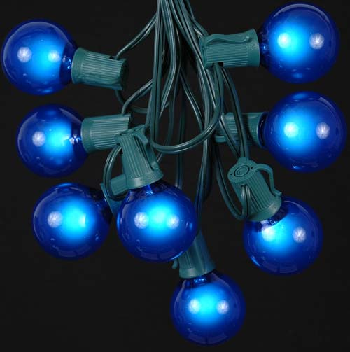 Picture of 25 G50 Globe Light String Set with Blue Bulbs on Green Wire