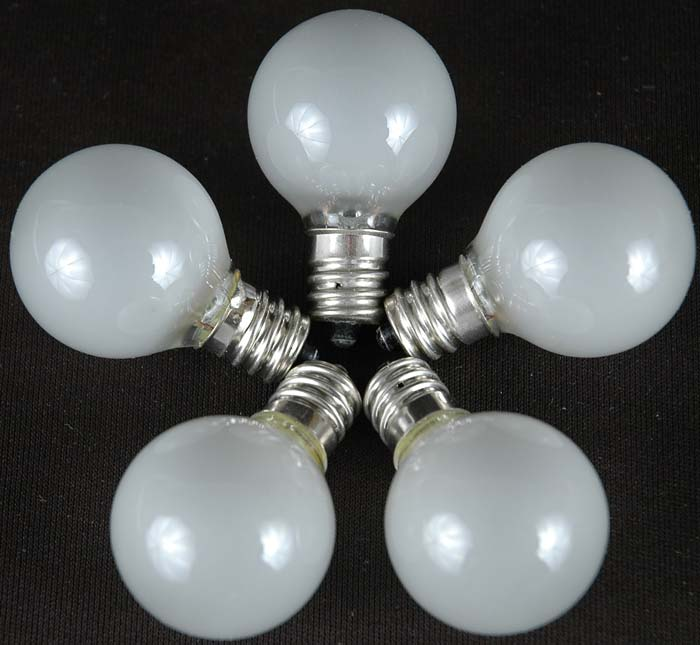 Picture Of 25 G30 Globe Light String Set With Frosted White Bulbs On Wire