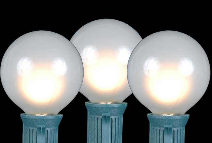 Frosted White G50 Globe/Round Outdoor String Light Set on Green Wire ...